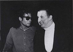 MJ and Michael Crawford. Frank Spencer, Theatre Nerds, Theater, Michael Jackson 1988, Sarah Brightman, Music Of The Night, Phantom Of The Opera, Me Me Me Song, Victorious