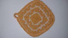 Pegador de panela    Serve também como descanso de panela    Feito em crochê, dupla face, barbante!