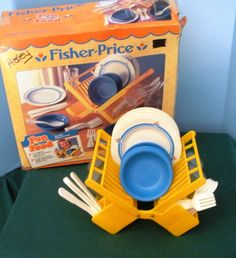 Have fun with food and not gain an ounce! Vintage Fisher Price Fun with Food #2107 Family Dinnerware Set NR MINT w/BOX! Be sure to use the coupon for 10% off.