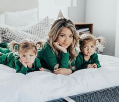 Madison Bontempo and Taytum and Oakley Fisher Mother Daughter Outfits, Mommy And Me Outfits, Mom Daughter, Cute Baby Girl, Mom And Baby, Cute Babies, Baby Twins, Tatum And Oakley, Mommy And Me Photo Shoot
