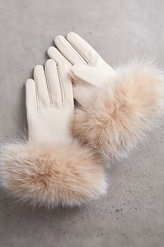 Girls Fashion Clothes, Winter Fashion Outfits, Cute Fashion, Girl Fashion, Cute Casual Outfits, Pretty Outfits, Stylish Outfits, Leather Gloves, Lambskin Leather