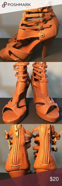 😍Charlotte Russe Heels😍 😍Charlotte Russe Heels😍 •Flaws•Unnoticeable when wearing•Good Condition✨ Charlotte Russe Shoes Heels