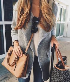 Outstanding Fall / Winter Fresh Look. Lovely Colors and Shape. - Street Fashion, Casual Style, Latest Fashion Trends - Street Style and Casual Fashion Trends Looks Street Style, Looks Style, Looks Cool, Winter Trends, Mode Outfits, Fall Outfits, Casual Outfits, Girly Outfits, Dress Casual