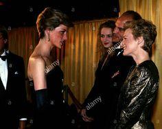 March 1989 Diana meets Glenn Close at the premiere of Dangerous Liaisons