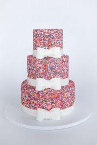 Girly Sprinkle Cake... Mmm I love sprinkles