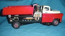 615A Vintage Trade Mark T.N. Japan Camion benne Tôle L 30 cm Tin Toy