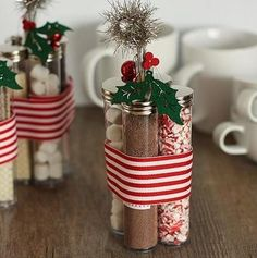 Pretty holiday gift idea-cocoa customization kit. Personalize the labels using Avery address labels and free design software at avery.com/print. #christmas