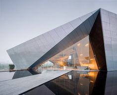 Gallery of Chongqing LongFor • Hall of Waterfront City / Shanghai Tianhua Architecture Planning & Engineering - 9