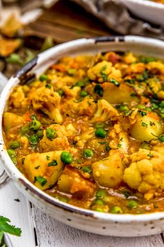 Easy to make using the Instant Pot or Stovetop this comforting Cauliflower Potato Curry is packed full of aromatic spices and powerhouse veggies vegan oilfree glutenfree plantbased Tasty Vegetarian Recipes, Healthy Recipes, Healthy Cauliflower Recipes, Healthy Pizza, Chickpea Recipes, Red Lentil Recipes, Easy Vegetarian Dinner, Vegetarian Crockpot Recipes, Recipe Tasty