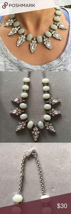 "Lia Sophia necklace 42"" statement piece necklace by Lia Sophia Lia Sophia Jewelry Necklaces"