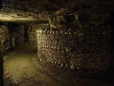 https://i.pinimg.com/236x/5e/3b/bb/5e3bbbeaa755427d3331ea1f0924a42b--catacombs-paris-bizarre.jpg