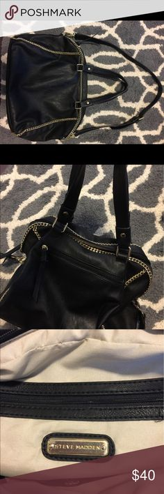 Steve Madden purse Black Steve Madden purse with gold chain detail and hardware. Excellent, New condition. Has detachable shoulder strap. 3 inside pockets, 1 with zipper closure. 1 outside zippered pocket. Smoke free home. Steve Madden Bags