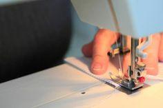 Milujeme precizní práci... Sewing, Dressmaking, Couture, Sew, Stitching, Needlework, Costura
