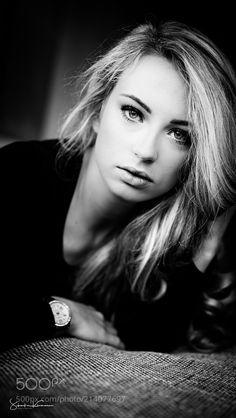 Stephanie - The beautiful Stephanie @Home