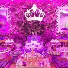 Lindo bolo de @cecilia_chaves , para nossa linda Festa Princesa Sofia #duda2anos #latelierfestas #lateliercriacoes #boloprincesasofia #princesasofia