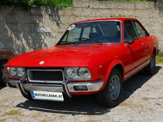 Italian coupes of the Fiat 124 Sport Coupe CC. Old Cars, Fiat, Motors, 1970s, Classic Cars, Europe, Passion, Vehicles, Sports