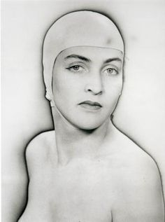 1932 Meret Oppenheim par Man Ray