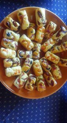 Winter Sangria, Cake Factory, Lemon Slice, 20 Min, No Bake Cookies, Bread Recipes, Feta, Entrees, Tapas