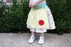 craftiness is not optional: Violette Field Threads pattern apron skirt