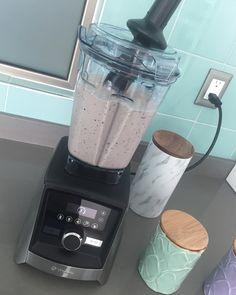 Helado de higo, queso y mezcal Kitchen Appliances, Popsicle Recipes, Figs, Diy Kitchen Appliances, Home Appliances
