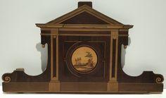 Cama aragonesa en madera pintada y cabezal de cama mallorquín en caoba marqueteada, de finales del siglo XVIII