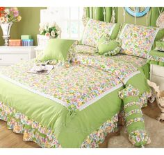 Turquoise/Green Girls Lace Ruffle Bowtie Duvet Cover Bedding Bed Cover Design, Bed Linen Design, Bed Sheet Painting Design, Designer Bed Sheets, Floral Bedspread, Green Girl, Ruffle Bedding, Lace Ruffle, Bedroom Styles