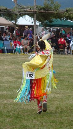 Shawl Dancer - Taos Pueblo Pow Wow. http://okeeffecountry.wordpress.com/2012/07/16/taos-pueblo-pow-wow/#