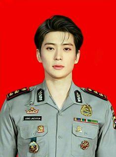 Jung Jaehyun as Indonesian police
