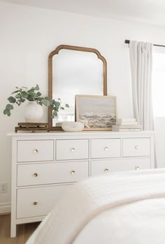 DRESSER ROUNDUP + THREE STYLING TIPS THAT WORK FOR EVERY Tv In Bedroom, Bedroom Dressers, Bedroom Decor, Master Bedrooms, Bedroom Furniture, Bedroom Dresser Styling, Bedroom Ideas, Bed Room, Ideas For Bedrooms