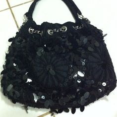 sold !!!! 😍😍😍 Sequence purse Super cute sequence black purse perfect size never used with tags Bags