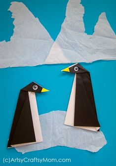 Easy Origami Penguin Craft for Kids - - Penguins live in the Southern hemisphere, but you can bring them to your home! Here is an easy Origami Penguin Craft, with a step by step tutorial to help. Winter Crafts For Toddlers, Easy Crafts For Kids, Winter Activities, Easy Oragami For Kids, Origami Penguin, Penguin Craft, Penguin Party, Origami Tutorial, Origami Easy