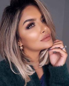 Dark roots with nice balayage Fall Blonde Hair, Blonde Hair With Roots, Dark Roots Blonde Hair Balayage, Hair Extensions For Short Hair, Hair Videos, Balayage Hair, Gorgeous Hair, Hair Looks, Hair Trends