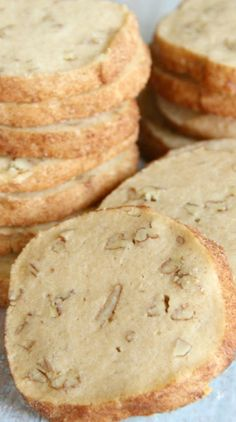 Cinnamon Pecan Icebox Cookies - Super easy recipe to make ahead and slice up and bake later. Might try with half the sugar for a not-so-sweet cookie Cooking Cookies, Cookie Desserts, Just Desserts, Cookie Recipes, Delicious Desserts, Baking Recipes, Dessert Recipes, Refrigerator Cookies Recipes, Galletas Cookies