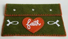 Faith, Paper Smooches,  Die-namicsStitchable Hearts Stax, Fische