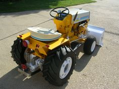 "who here has the most ""Decked Out"" Cub Cadet? - Page 2 - Only Cub Cadets Yard Tractors, Small Tractors, Tractor Mower, Compact Tractors, Lawn Mower, Landscaping Equipment, Garden Equipment, Cub Cadet Tractors, Garden Tractor Pulling"