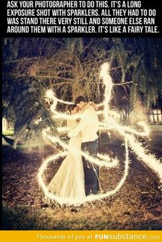 Wonderful wedding picture idea!