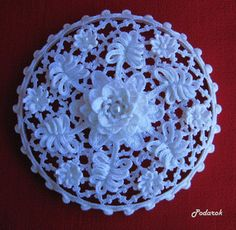 "Photo from album ""Шкатулки"" on Yandex. Crochet Gloves Pattern, Crochet Doily Patterns, Crochet Motif, Crochet Doilies, Crochet Home, Irish Crochet, Beautiful Roses, Wedding Favors, Needlework"