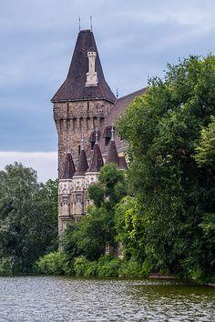 Vajdahunyad Castle, City Garden, Budapest | by kitchener.lord