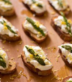 Ricotta Crostini with Asparagus and Lemon Zest by Dramatic Pancake    http://www.dramaticpancake.com/2012/05/roe-an-italian-feast/#