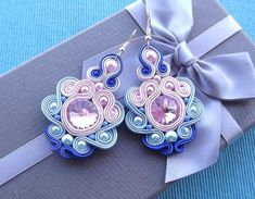 Rivoli Rose & Shades of Blue Soutache Earrings Black Earrings, Statement Earrings, Money Origami, Origami Jewelry, Rainbow Loom Bracelets, Soutache Jewelry, Wedding Earrings, Beaded Embroidery, Jewelry Supplies