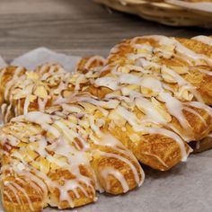 Sweet recipe for almond bear claws, This yummy treat is great enjoyed with a hot coffee. Almond Bear Claws Recipe from Grandmothers Kitchen. Cannoli, Strudel, Bear Claw Recipe, Croissants, Breakfast Recipes, Dessert Recipes, Breakfast Pastries, Baking Desserts, Breakfast Ideas