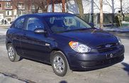 2009  Hyundai  Accent  looks like my soon to be Charlie lol