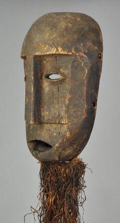 For Auction: Rare old Mask SHI neighbors Lega Congo African Tribal ( on Nov 2019 African Masks, African Art, Art Gallery, Art Tribal, 17th Century Art, Art Premier, Art Africain, Luxor Egypt, Sculpture