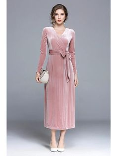 Women's Dresses, Dusty Pink Dresses, Dusty Rose Dress, Necklines For Dresses, Types Of Dresses, Elegant Dresses, Bride Dresses, Pink Velvet Dress, Dress Code Casual