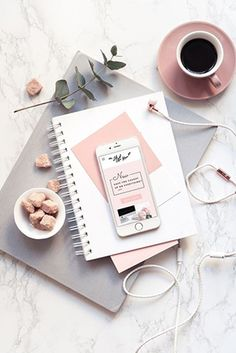 This flatlay is perfect! Fall Inspiration, Flat Lay Inspiration, Photoshoot Inspiration, Organize Your Life, Book Photography, Lifestyle Photography, Photography Business, Laptop Photography, Pastel Photography