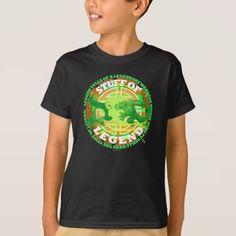 Dead Men Tell No Tales Skull boys T-Shirt. Pirates of the Caribbean fan art shirt Metal T Shirts, Cartoon T Shirts, Dead Man, Pirates Of The Caribbean, Death Metal, Boys T Shirts, Fitness Models, Kids Outfits, Skull