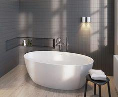 Wanna wolnostojąca Riho Beta w rozmiarze 170x82cm. ---------------------------- #riho #wnetrzazesmakiem #instagood #wanna #wolnostojace #owalna #bath #frestanding #frestandingbath #designbath #homebook #inspiracjelazienkowe #interiores #interiordecorating #trojmiasto Interior Styling, Interior Design, Modern Design, Bathtub, Architecture, Bathrooms, Home, Freestanding Tub, House