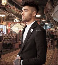 Just imagine you're on a date with zayn for one night aww