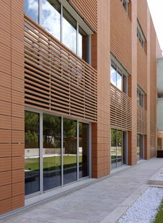 Ventilated terracotta cladding, Siena Biotech