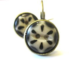 Antique button earrings, 1800s china stencil buttons